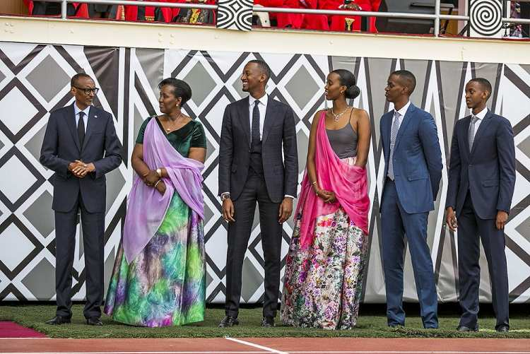 photo de famille paul kagame